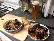 FRIDAY - Chorizo and white wine mussels